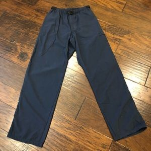 Patagonia men's wind/water resistant pants size s